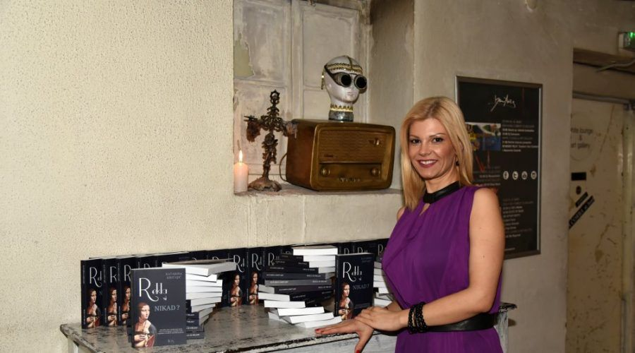Katarina Krstajić: Volela bih da sadašnje vreme ostane samo u romanu
